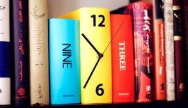 Book Shelf Clock