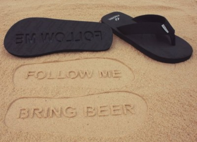 follow-me-bring-beer-flip-flops