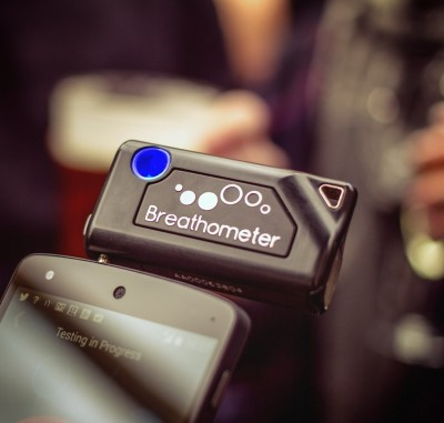 Breathometer-The-Smart-Breathalyser