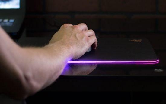 Customizable Light Up Mousepad