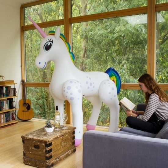 giant-inflatable-unicorn
