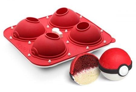 pokeball-cupcake-pan-3
