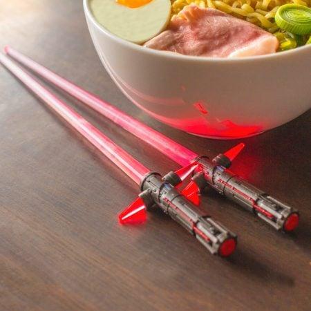 Kylo Ren Light-Up Chop Sabers