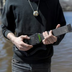 Jamstik: Wireless Smart Guitar
