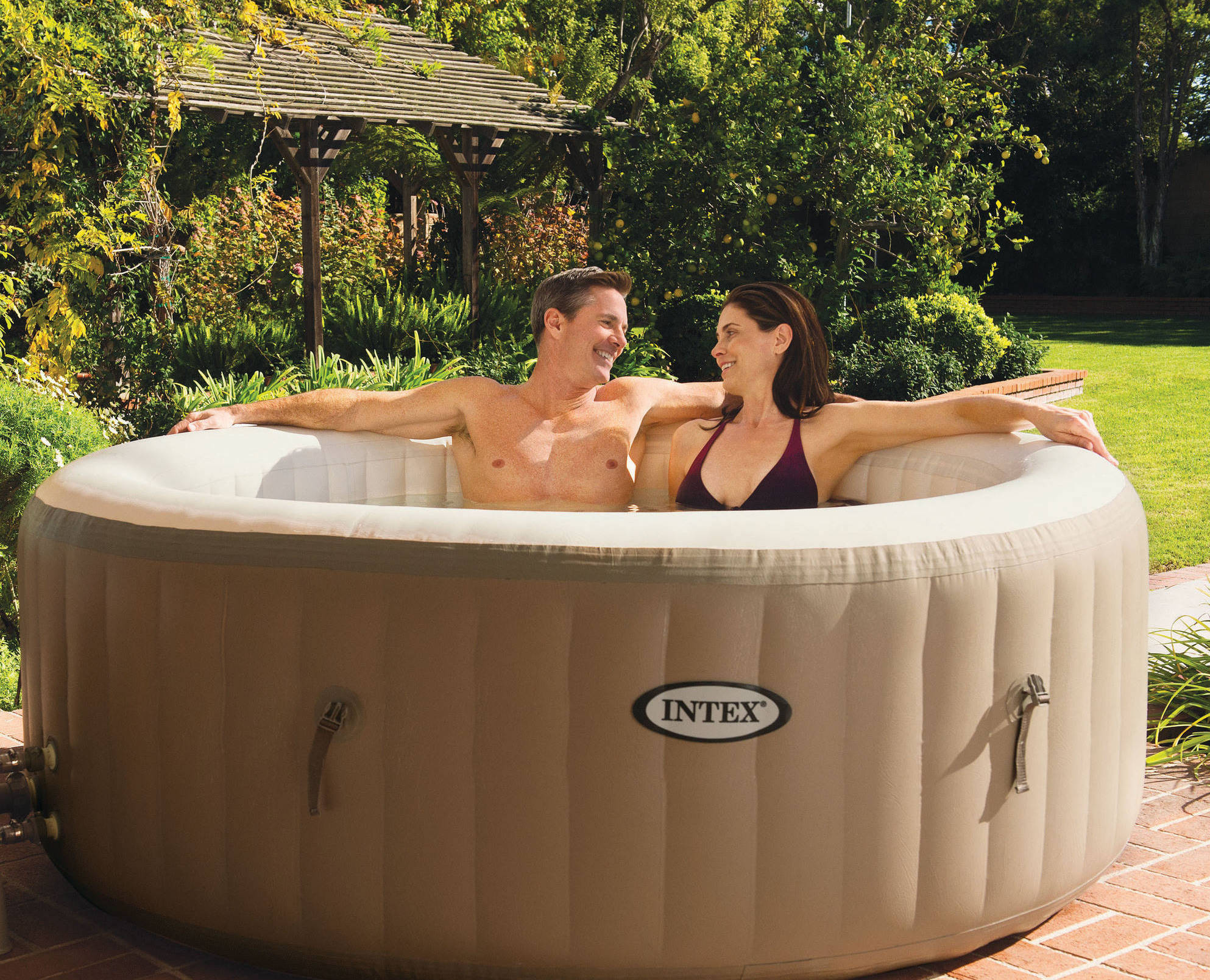 inflatable hot tub with water jets