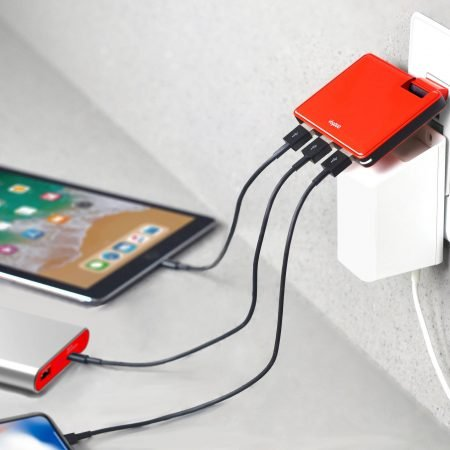 Ultra slim 3-USB-Port Wall Charger