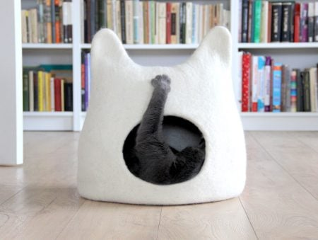 Felted Cat Head Cat Bed